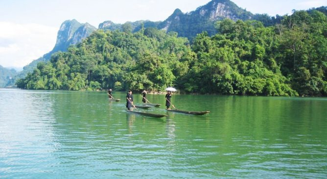 Du lịch Ba Bể-Điểm du lịch hấp dẫn cho mùa hè