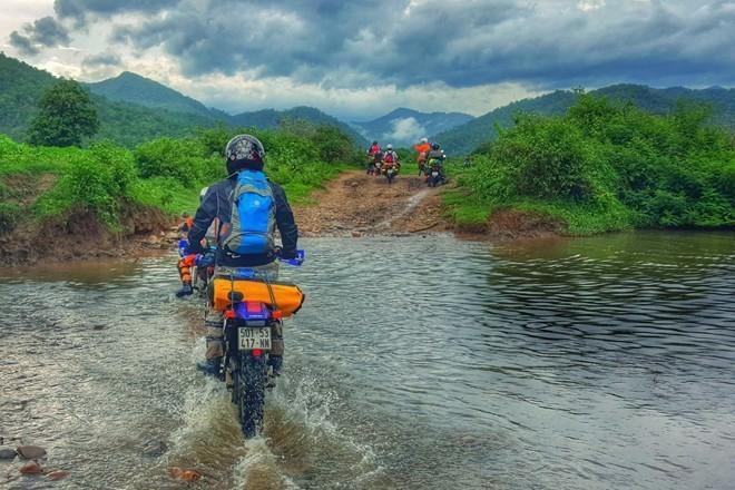 Du lịch Hà Giang bằng xe máy cần những gì-1
