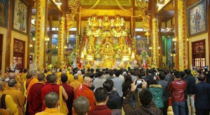Chùa Ba vàng Quảng Ninh- Ngôi chùa nổi tiếng của Quảng Ninh