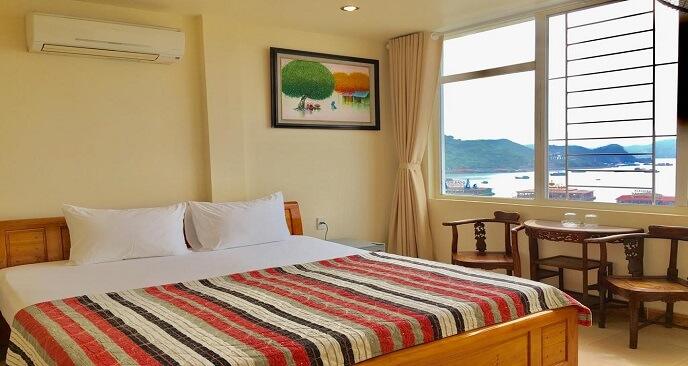 khách sạn ở Cát Bà gần biển