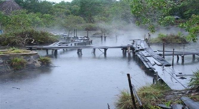 Suối khoáng nóng Hương Sơn Hà Tĩnh
