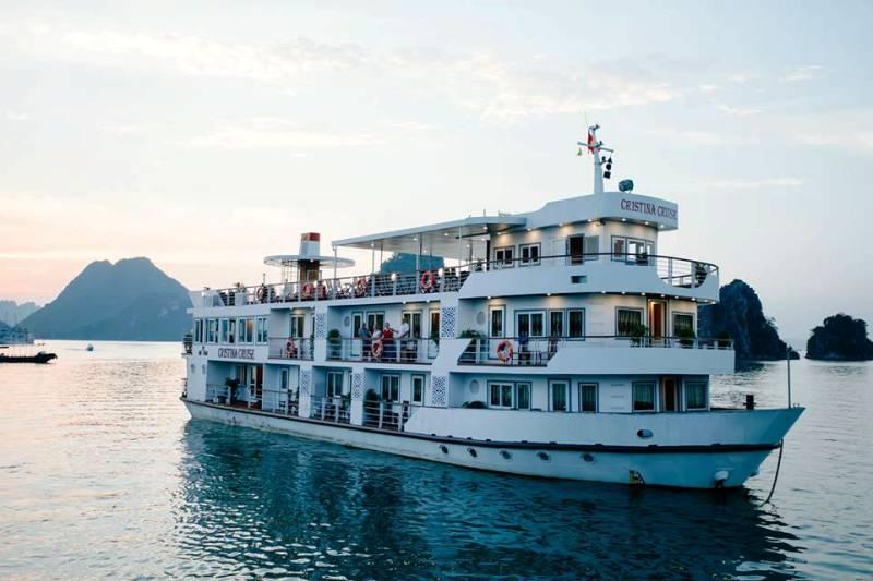 Du Thuyền Cristina Diamond Cruise Hạ Long 2 Ngày 1 Đêm Giá rẻ
