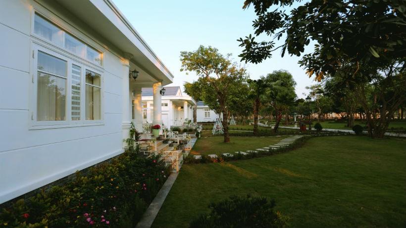 Free & Easy: FLC Vĩnh Thịnh Resort 5 Sao 2 Ngày 1 Đêm