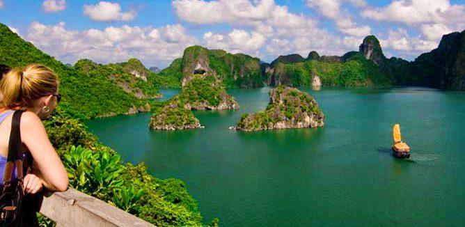 Tour Du Lịch Hạ Long Tuần Châu 2 Ngày 1 Đêm Giá Rẻ Dành Cho Khách Đoàn