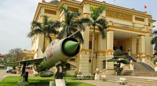 Tour Du Lịch Bảo Tàng Phòng Không Không Quân-Xem Xiếc Nửa Ngày Giá rẻ