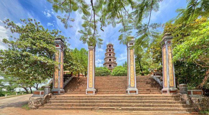 Tour Du Lịch Huế bằng tàu hỏa 3 Ngày 4 Đêm từ Hà Nội