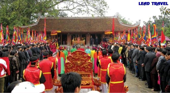 du lịch Đền Hùng Phú Thọ đền mẫu Âu Cơ