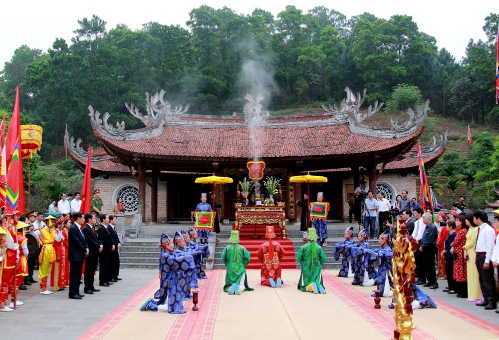 tour Hà Nội đền Hùng 1 ngày