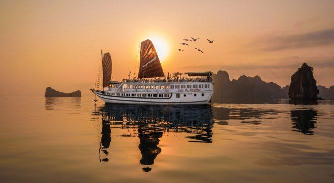 du-thuyen-viet-beauty-cruise-4-sao-2-ngay-1-dem-khuyen-mai