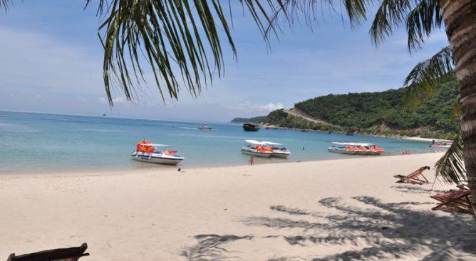 Bãi biển tuyệt đẹp ở Cù Lao Chàm