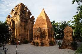 Tour du lịch Nha Trang Mũi Né 5 ngày 4 đêm bằng máy bay khuyến mãi