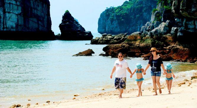 Tour Du lịch Hạ Long Tuần Châu Yên Tử 3 Ngày 2 Đêm