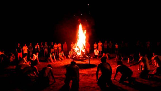 Tour Du Lịch Mộc Châu 2 Ngày 1 Đêm Đốt Lửa Trại