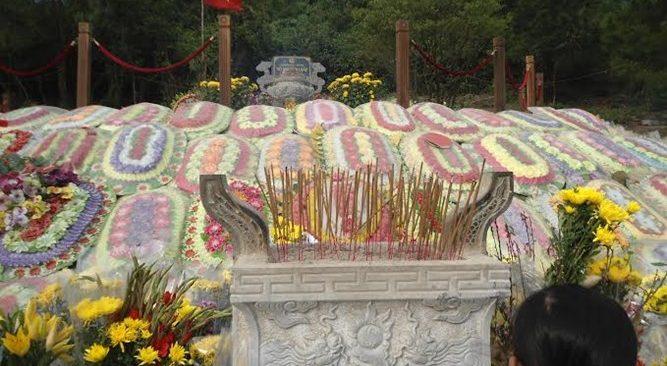 Tour Du Lịch Viếng Mộ Đại Tướng Võ Nguyên Giáp-Động Thiên Đường 1 Ngày