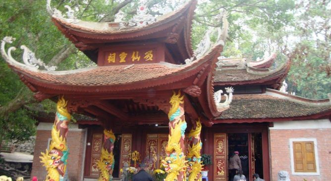 Tour Du Lịch Chùa Ba Vàng-Yên Tử-Cửa Ông-Cái Bầu-Cô Bé Cửa Suốt 2 Ngày 1 Đêm Ghép đoàn Giá rẻ