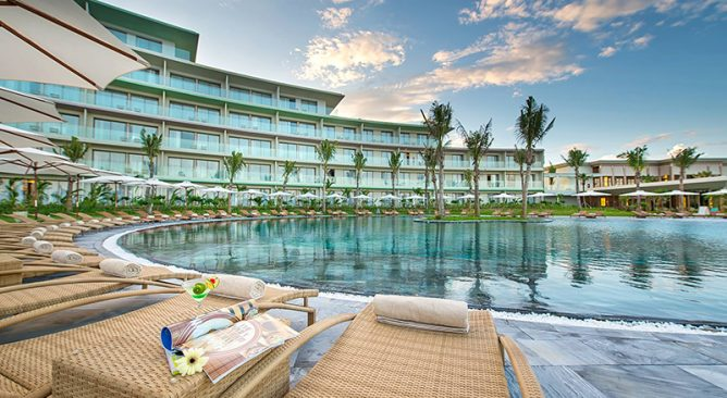 Free & Easy: FLC Sầm Sơn Resort 5 Sao 2 Ngày 1 Đêm