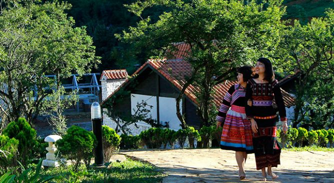 Sapa Jade Hill Resort and Spa 4 Sao 2 Ngày 1 Đêm Tour Free & Easy