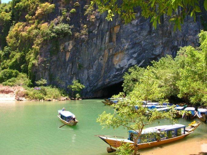 Tour Du Lịch Hà Nội-Quảng Bình 3 Ngày 2 Đêm Giá rẻ