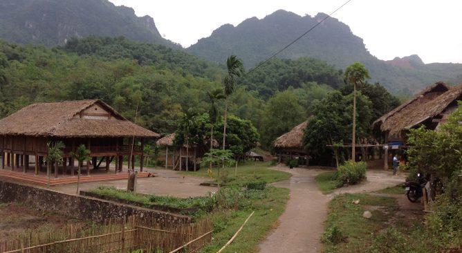 Tour Du Lịch Thung Nai-Thác Bờ-Công Viên Nước Nổi Hòa Bình 1 ngày Giá rẻ
