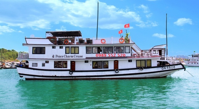 Du Thuyền  Peace Charm Cruise Hạ Long