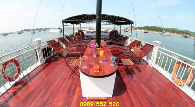sun deck Peace Charm Cruise Hạ Long