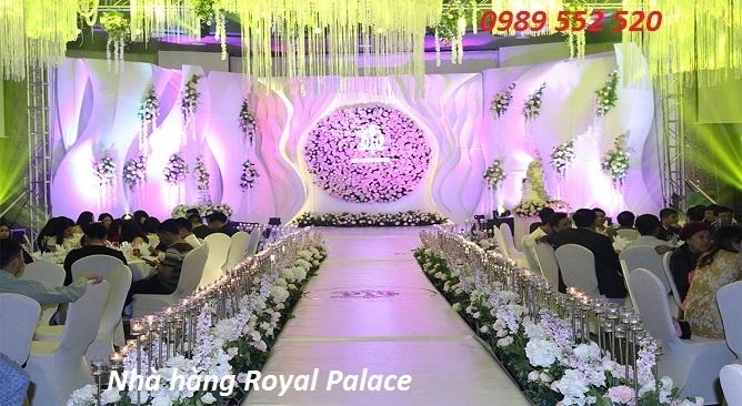 nhà hàng Royal Palace cao su móng cái hotel