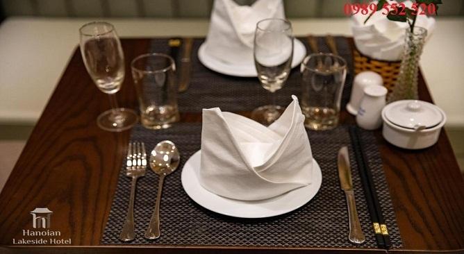 nhà hàng khách sạn hanoian lakeside